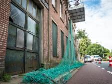 Sloopkogel  'paupervilla' Kampen blijft nog even stil in de lucht hangen