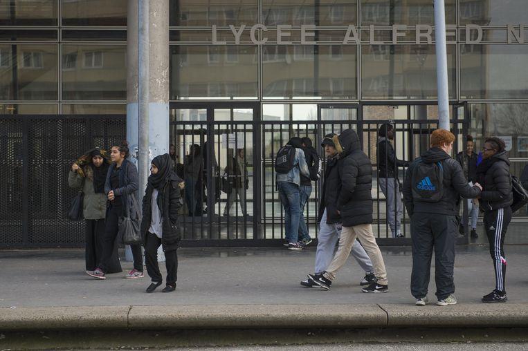 Het lycée Alfred Nobel. Beeld Steven Wassenaar