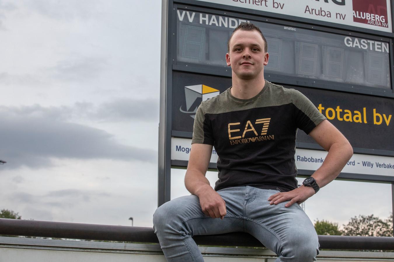 Niels van Hooff staat komend seizoen in het doel bij VV Handel.