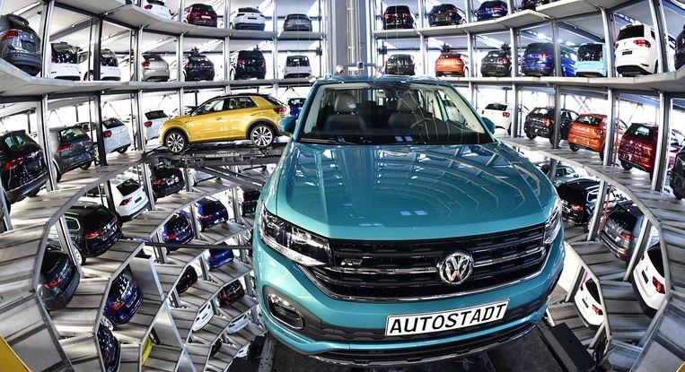 In het geval van no-deal zouden de grootste gevolgen voelbaar zijn bij Volkswagen in Wolfsburg (foto) en bij BMW in Beieren.