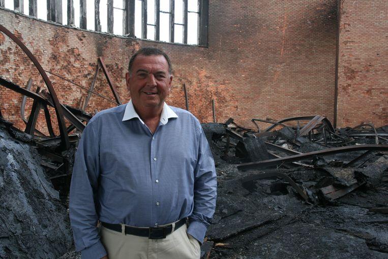 """Burgemeester Karlos Callens. """"Ik denk dat we het gebouw best slopen."""""""