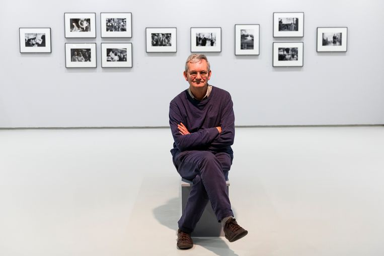 Martin Parr at the opening of an exhibition in London, 2016. Beeld Getty