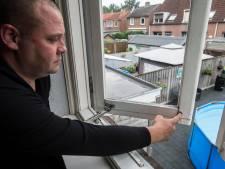 Rottend hout, losse kozijnen en kieren in metselwerk: Bredase hofje is klaar met achterstallig onderhoud