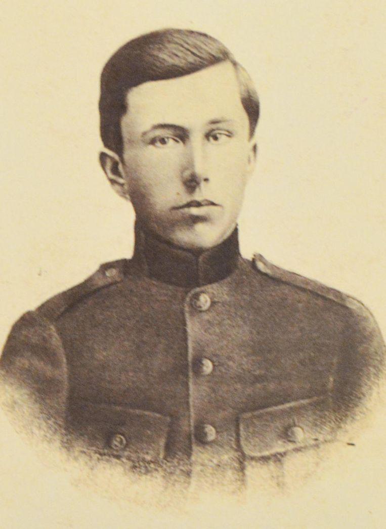 Zijn broer René sneuvelde in 1915 in Diksmuide.