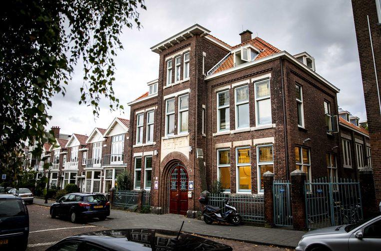 De Haagse Bethelkerk, waar vandaag een kerkdienst wordt gehouden om uitzetting van het gezin Tamrazyan te voorkomen. Beeld ANP