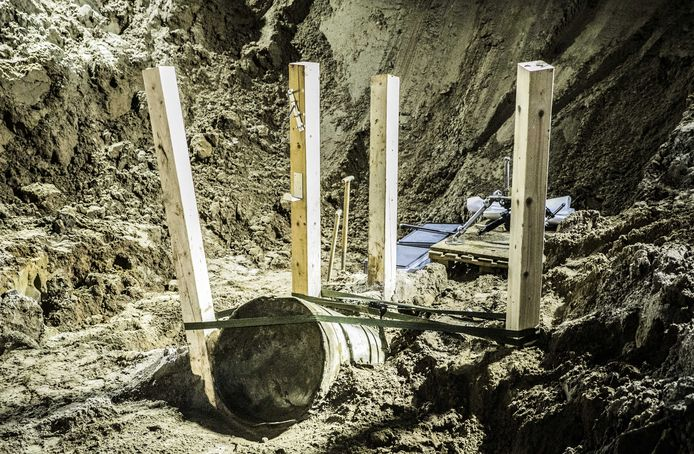 De V1-bom die zondagavond in Wilp werd ontmanteld.