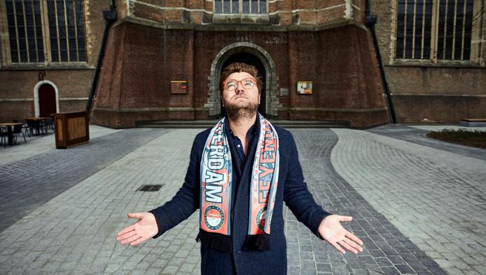 Robin van den Akker: ,,Een bezoek aan de Kuip heeft veel weg van een kerkdienst.''
