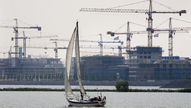 De subsidie betekent ook een doorbraak voor IJburg, waar de nieuwbouw door de kredietcrisis stil was komen te liggen. Foto ANP Beeld