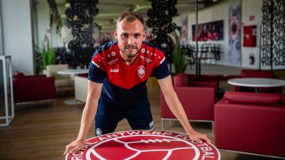 """Birger Verstraete over zijn opvallende aankoopoptie bij Antwerp: """"Ik moet gewoon tien keer op het veld staan"""""""