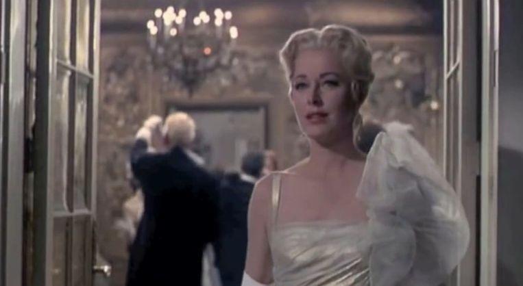 Eleanor Parker als barones Schraeder Beeld Screenshot