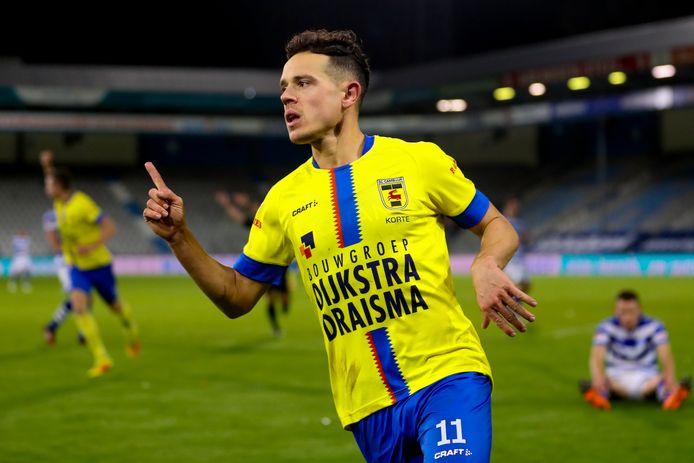 Giovanni Korte viert de 0-2.