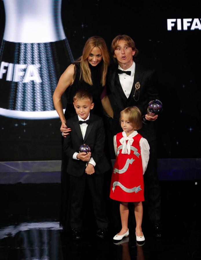 Luka Modric met zijn gezin.
