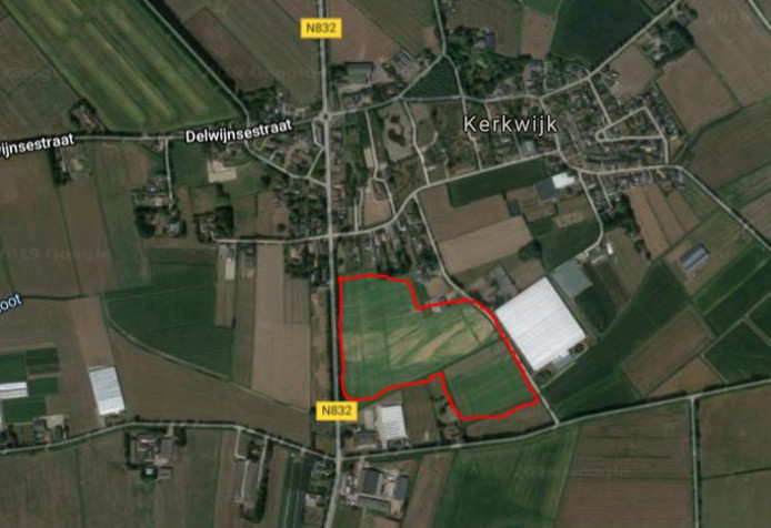Het perceel tussen de Walderweg en de Paradijsweg in Kerkwijk, waar volgens het bestemmingsplan een tuinbouwkas kan komen.