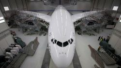 Airbus onttroont Boeing als grootste vliegtuigconstructeur