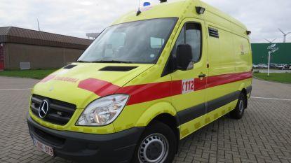 Drie gewonden bij frontale botsing in Kooigem