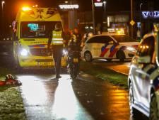 Voetganger in Apeldoorn op fietspad aangereden door scooter