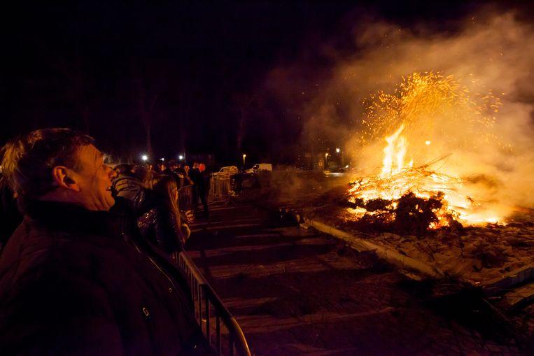 De kerstboomverbranding op het Kasseileggersplein is een lokale traditie.