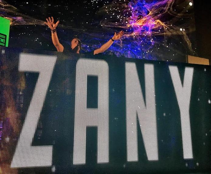 DJ Zany bij de Tijdmachine