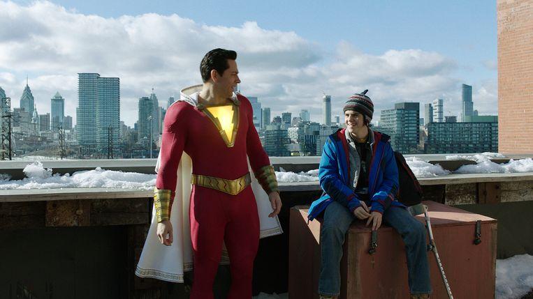 Zachary Levi en Jack Dylan Grazer in Shazam! Beeld