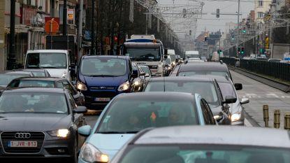 Leopold II-tunnel in beide richtingen dicht: lange file op Brusselse binnenring