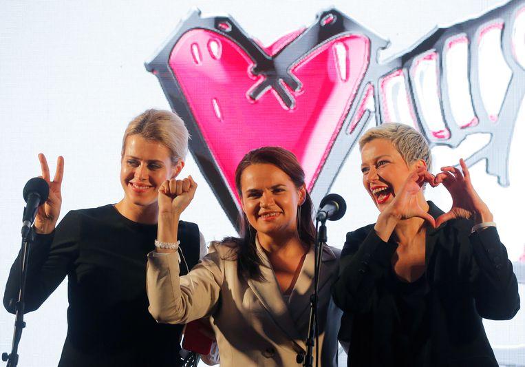 Veronika Tsepkalo (l), Svetlana Tichanovskaja(c) en Maria Kolesnikova (r).