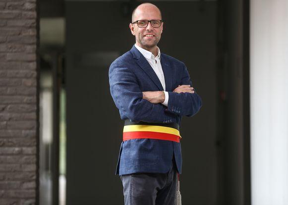 Tom Thijsen blijft  de burgemeester van Kortessem.
