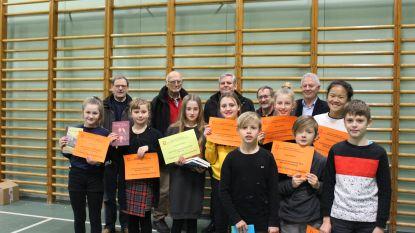 Junior Journalisten gehuldigd door Davidsfonds en basisschool