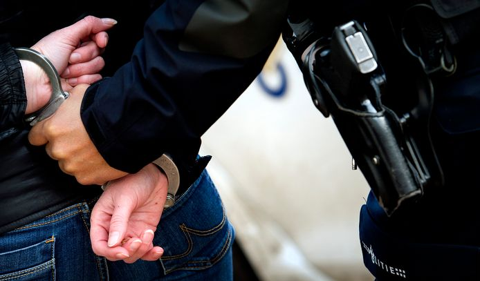 De identificatie van arrestanten zou voortaan in tien minuten geklaard zijn.