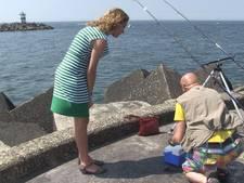 Vissen met Bergkamp: 'Nog geen krabbetje'