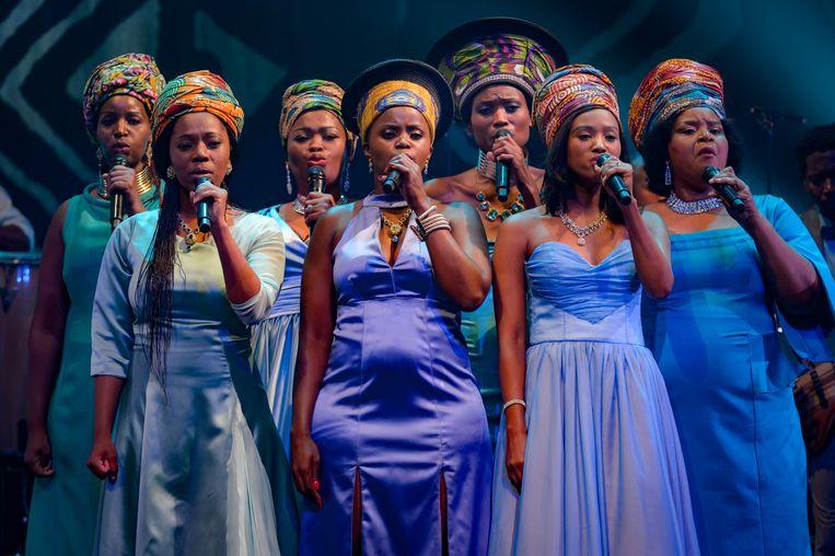 The African Mamas tijdens de repetitie. Beeld Wim Lanser