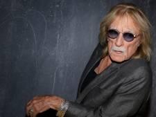 Le chanteur Christophe testé positif au Covid-19 et hospitalisé en réanimation à Paris