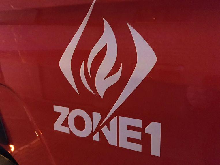 De brandweer kon de brandende bestelwagen nog blussen.