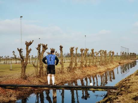 Passievol en knullig: ultieme ode aan amateurvoetbal van fotograaf Hans van der Meer herleeft in film