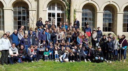 Koninklijke Sint-Stanislasspeelschaar herdenkt 100 jaar collegevlucht