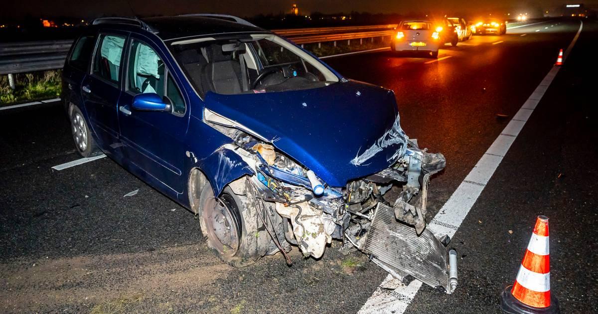 A59 dicht van Waspik naar Hooipolder door ongeluk op snelweg.