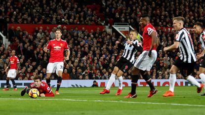 LIVE PL: GOAL! Lukaku en United op achtervolgen aangewezen tegen Newcastle