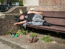 Groot tekort aan schoenen voor daklozen, ook politie zamelt in