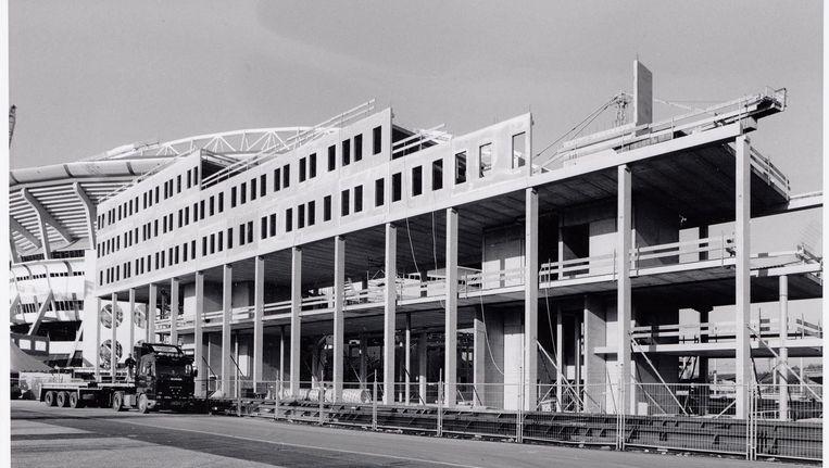 De bouw van de megastores aan de Arenaboulevard, 1999 Beeld Beeldbank Stadsarchief Amsterdam