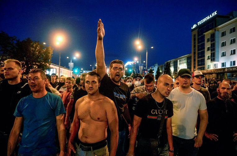 Een demonstratie in Minsk de dag na de presidentsverkiezingen   Beeld EPA