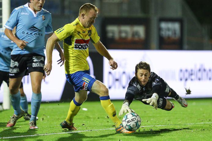Christian Brüls in actie tegen SK Deinze. Zaterdag wacht Union.