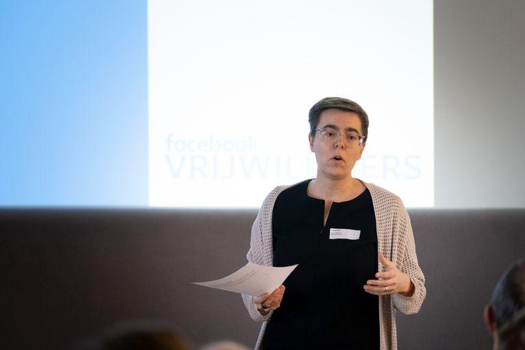 MECHELEN Rode Kruis Mechelen organiseert een workshop Facebook voor Vrijwilligers. Online Media expert Karen Walgraeve van Rode Kruis Vlaanderen geeft de inleiding.