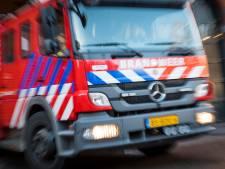 Wéér auto verwoest door autobrand in Vlaardingen