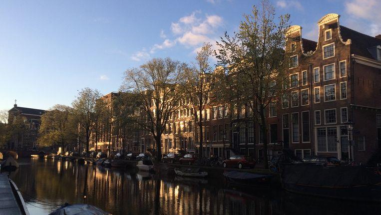 De Koningsdag begint zonnig in Amsterdam Beeld Hannah Stove