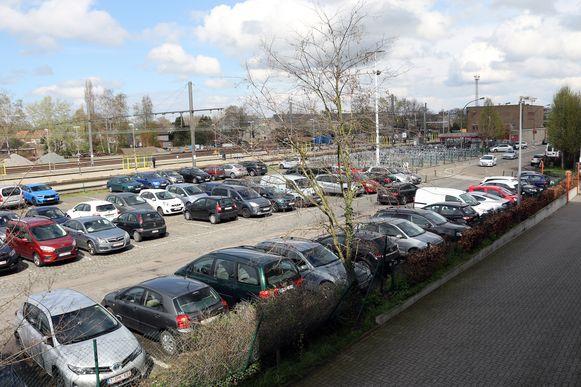 Gina werd klem gereden op de parking van het station in Herentals