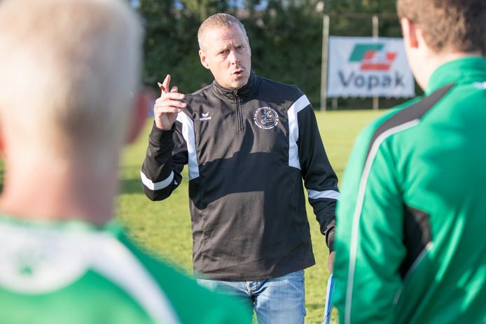 Daan Eikenhout zag zijn ploeg zaterdag met 6-0 verliezen bij Forum Sport.