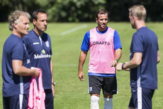 Rafael van der Vaart traint mee bij PEC Zwolle.