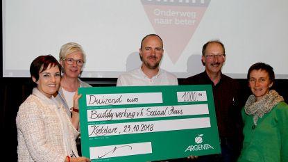 Cheque van 1.000 euro voor buddywerking