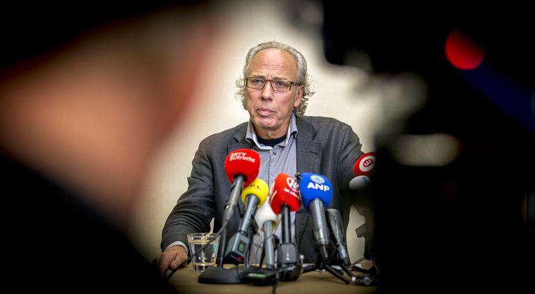 Burgemeester van Woerden, Victor Molkenboer, tijdens een persconferentie in verband met de aanval op de vluchtelingenopvang in Woerden. Beeld anp