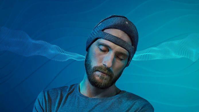 De Deep Sleep Headband produceert kleine, onhoorbare geluidjes die de diepe slaap versterken.
