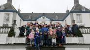 Kinderen zetten nieuwe jaar in met traditie appelheilen